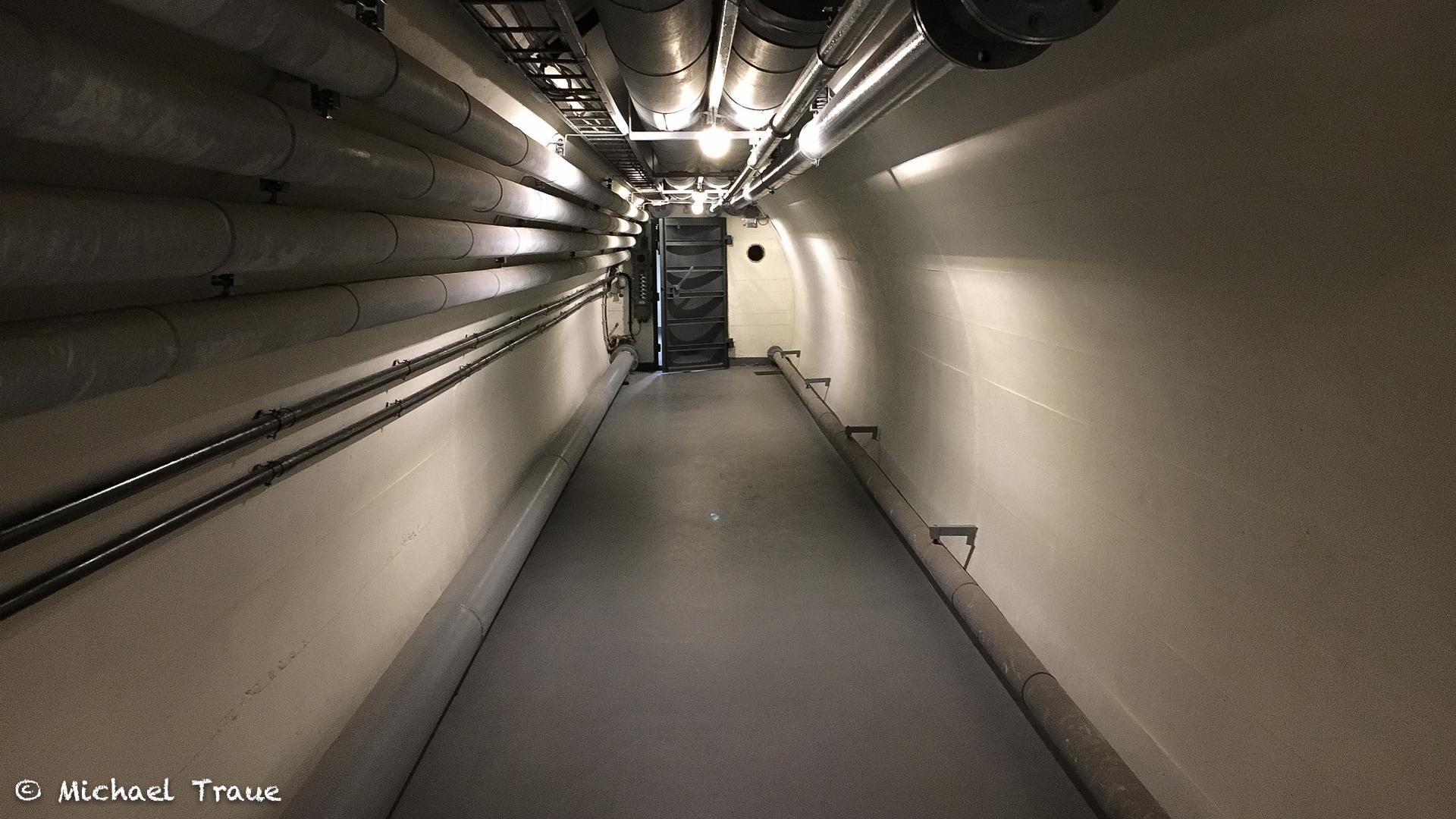 Tunnel zum Bunker